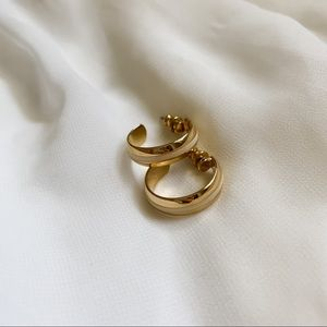 VTG Gold Cream Stripe Center Medium Hoop Earrings